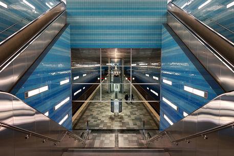 Artflakes-underground-symmetries