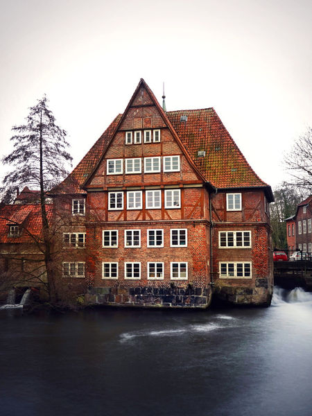 Artflakes-the-house-at-the-river