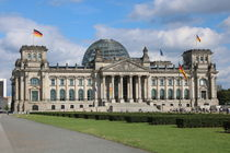 Reichstag Berlin by alsterimages