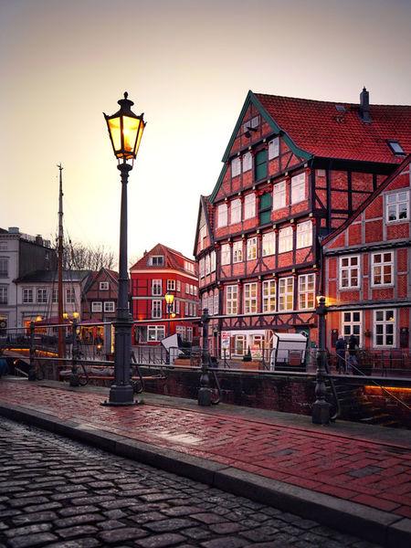 Artflakes-old-town-romance