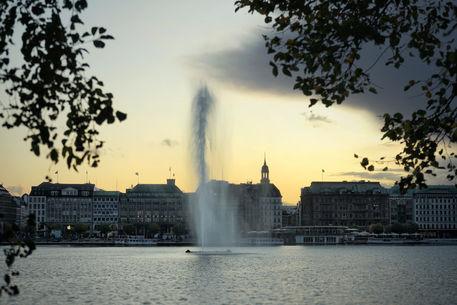 Artflakes-the-fountain