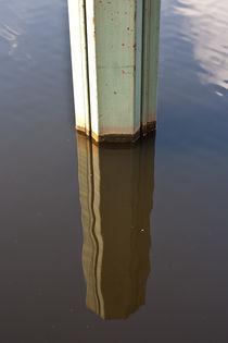 Spiegelung im Fluss von Eric Pawlitzky
