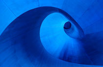 Twirl von Kevin Ng