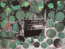 Ein Klavier mit Kreisen von Doreen Trittel