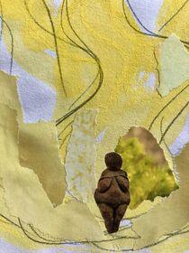Weiblich gelb von Doreen Trittel