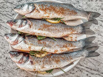 gewürzte Fische by Heike Loos
