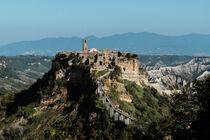 Civita di Bagnoregio, Italy by whiterabbitphoto