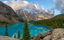 Moraine Lake im Banff Nationalpark, Kanada by alfotokunst