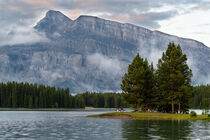 Two Jack Lake, Banff Nationalpark, Kanada by alfotokunst