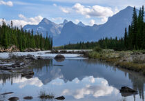 Athabasca River, Jasper Nationalpark, Kanada by alfotokunst