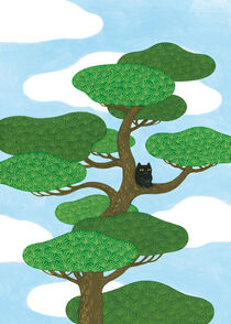 Black cat on a pine tree von Ayumi Yoshikawa