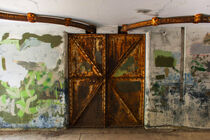 Fort Worden State Park historic military base with graffiti on the concrete walls. von Jim Corwin