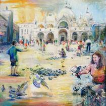 Tauben auf dem Markusplatz by Renée König