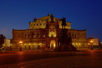 Semperoper in Dresden by Christian Behring