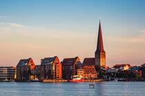 Blick über die Warnow auf Rostock von Rico Ködder