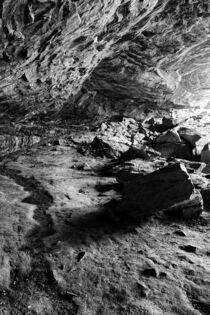 Cave At Northrup Falls von Phil Perkins