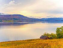 Sonnenuntergang am Fjord von vogtart