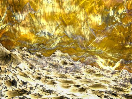 20aug-golden-space