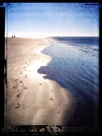 Footprints In The Sand by Phil Perkins