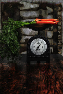 Still mit Waage und Karotten by Petra Dreiling-Schewe