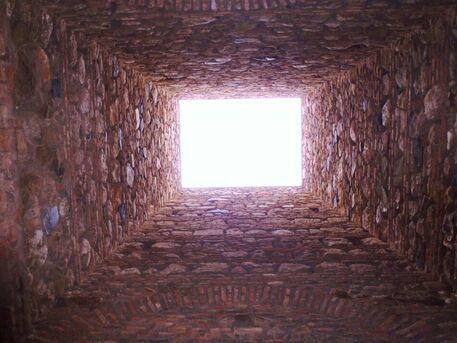 Moorish-cinema-p1100457-malaga-alcazaba