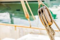 Marine background, sailing boat wooden pulley von Alex Winter