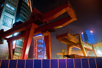 Shanghai's cranes by Thierry  Dehesdin
