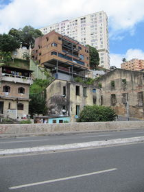Strange Favela (Sigle) by SIGHTJUMPING.com Photo Collection
