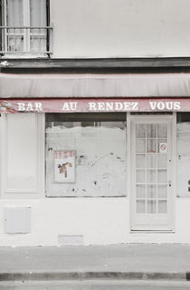 Bar A Rendez Vouz, Paris, France. by Tom Hanslien