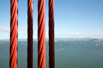 Red cables of the Golden Gate Bridge - San Francisco, California von Jess Gibbs