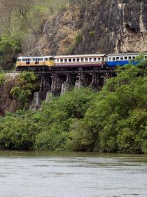 Train Along Cliff Over River von James Menges