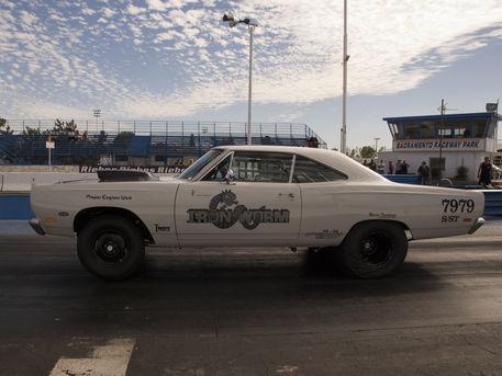 Artflakes-drag-race-001