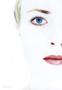 White-face-099