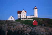 The Nubble Light At Night von Paul Lemke