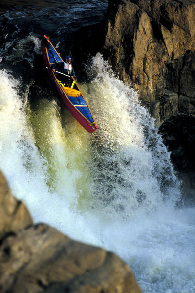 Canoe21-020402