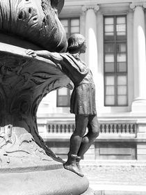 Newyork-sculpture-bw-hispanicsociety-mgoslin