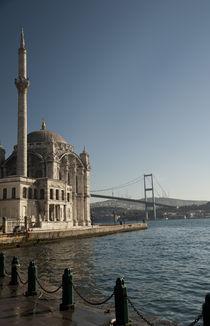Ortaköy Mosque von Bora eresici