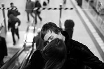 Escalator love by Raul Lieberwirth