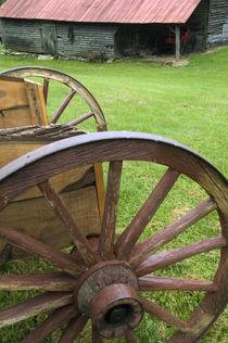 USA, North Carolina, Appalachia, Barn and wagon. Credit as by Danita Delimont