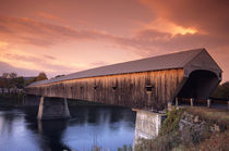 The longest covered bridge in the United States located in Windsor von Danita Delimont