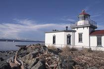 U.S.A., Washington, Seattle Discovery Park Lighthouse on Elliott Bay von Danita Delimont