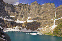 Iceberg Lake in Glacier National Park in Montana von Danita Delimont