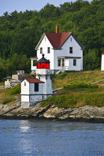 Viewing light houses while sailing down the Keybeck River.    von Danita Delimont
