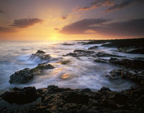 USA, Hawaii, Big Island, Dramatic sunset along coast from near Kona by Danita Delimont