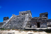 Colorful pyramid ruins in Tulum, Mexico von Danita Delimont
