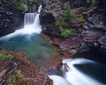 St Mary Falls in Glacier National Park in Montana von Danita Delimont