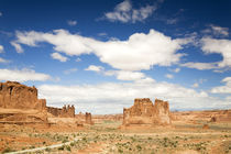 Utah, Arches NP, Courthouse Towers and The Organ von Danita Delimont