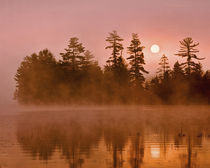 USA, New York, Adirondack Park. Sunrise on a lake. Credit as von Danita Delimont