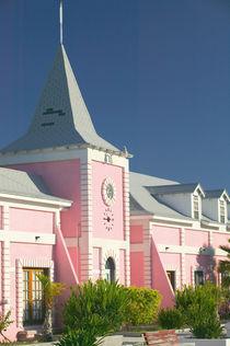 Caribbean, TURKS & CAICOS-Grand Turk Island-Cockburn Town: Government Courthouse von Danita Delimont