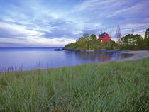 Lighthouse at Marquette UP Michigan von Danita Delimont